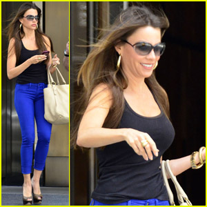 Sofia Vergara: Bold in Blue