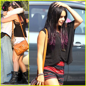 Vanessa Hudgens: Purple Hair Shopper!