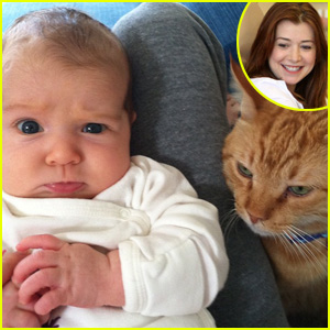 Alyson Hannigan's Daughter Keeva is Not A Cat Person!