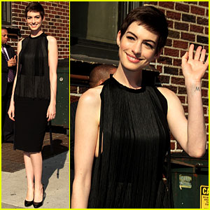 Anne Hathaway: 'Late Show with David Letterman' Appearance!