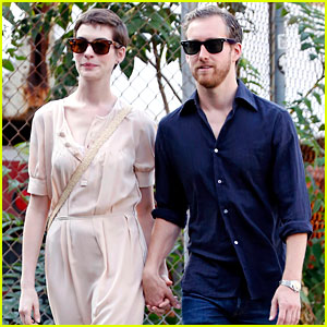 Anne Hathaway: 'Mental Patient Level Crying Over Haircut'