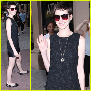 Anne Hathaway: 'Play The Hits' Premiere!