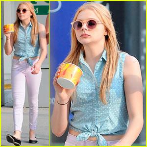 Chloe Moretz: Ice Cream Break!
