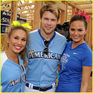 Chord Overstreet & Chrissy Teigen: Celebrity Softball Game!
