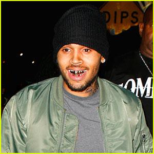 Chris Brown Grills Out at AV Nightclub