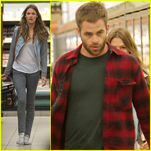 Chris Pine: Gelson's Supermarket with Dominique Piek!