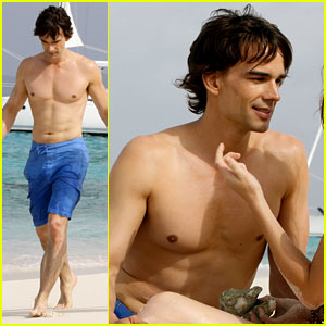 Christopher Gorham: Shirtless for 'Covert Affairs' (Exclusive)