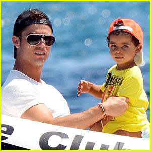 Cristiano Ronaldo & Irina Shayk: Yacht Ride with Cristiano Jr.!