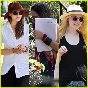 Dakota Fanning & Demi Moore: 'Very Good Girls' Set!