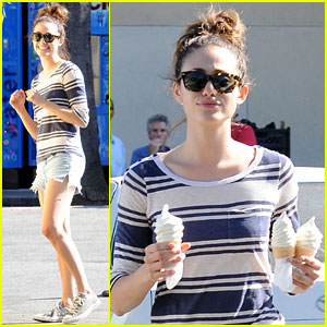 Emmy Rossum: Ice Cream Cone Cutie!