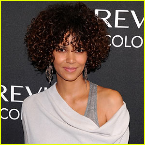 Halle Berry: Hospitalized After Fall on 'The Hive' Set