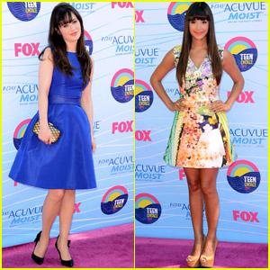 Zooey Deschanel & Hannah Simone - Teen Choice Awards 2012