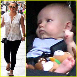 Hilary Duff & Mike Comrie: Big Apple Stroll with Luca!