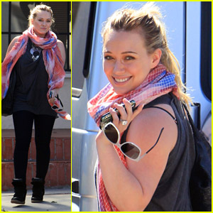 Hilary Duff: Back In the Recording Studio!