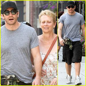 Jake Gyllenhaal & Mom Naomi Foner: 'Very Good Girls' Set!