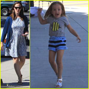 Jennifer Garner & Seraphina: Frozen Yogurt Stop!