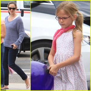 Jennifer Garner: Shoe Shopping with Violet!