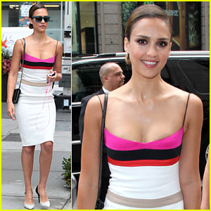 Jessica Alba: Narciso in New York!