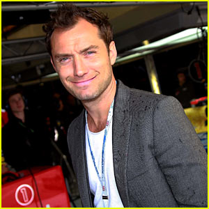Jude Law: British Grand Prix Race!
