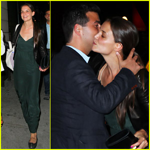 Katie Holmes: Dinner with Lawyer Jonathan Wolfe!