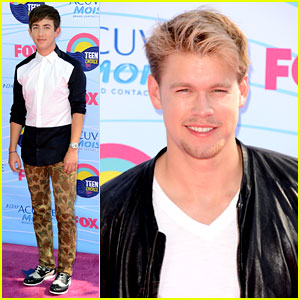 Kevin McHale & Chord Overstreet - Teen Choice Awards 2012