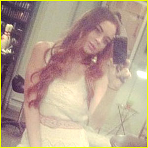 Lindsay Lohan Returns to Red Hair After 26th Birthday!