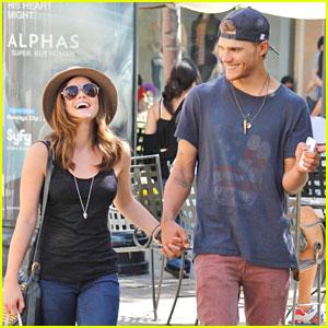 Lucy Hale & Chris Zylka: The Grove Shoppers!