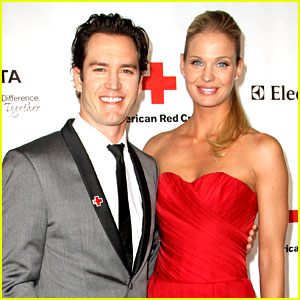 Mark-Paul Gosselaar & Catriona McGinn: Just Married!