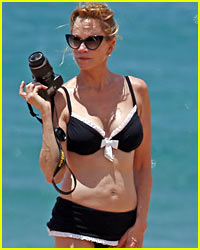 Melanie Griffith: Bikini Close-Up!