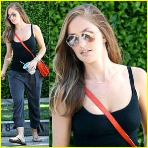 Minka Kelly: Loving Frank Ocean's Entire Album!