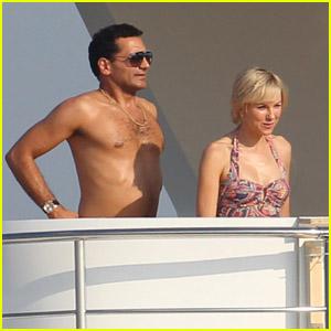 Naomi Watts: 'Diana' On a Boat!