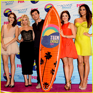 'Pretty Little Liars' Cast - Teen Choice Awards 2012