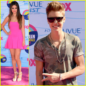 Justin Bieber & Selena Gomez - Teen Choice Awards 2012