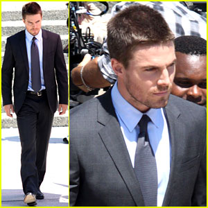 Stephen Amell Suits Up on 'Arrow' Set