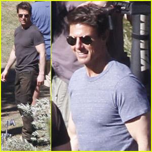 Tom Cruise: 'Oblivion' Set Smiles!