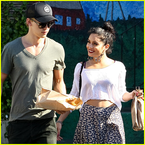 Vanessa Hudgens & Austin Butler: 'Cheese-y' Couple!