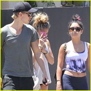 Vanessa Hudgens & Austin Butler: Studio Cafe with Stella!