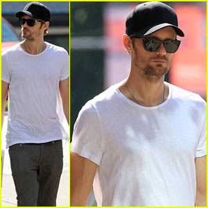 Alexander Skarsgard: 'Bourne Legacy' Movie Break!