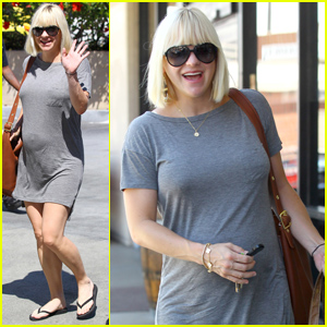 Anna Faris: Daily Grill Lunch!