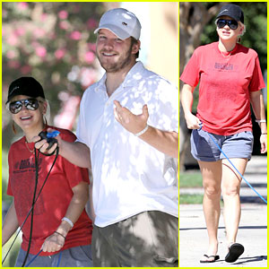 Anna Faris & Chris Pratt: 'Kiss a Stranger' For Baby Jack!