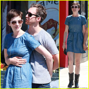 Anne Hathaway: Real Food Daily with Adam Shulman!