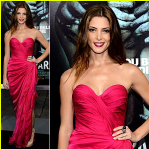 Ashley Greene: 'The Apparition' Premiere!