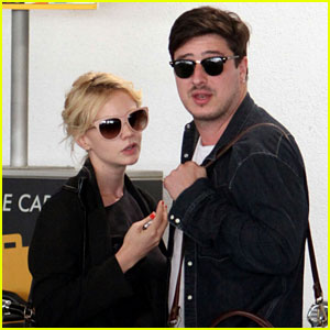 Carey Mulligan & Marcus Mumford: LAX Lovebirds!