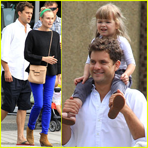 Diane Kruger & Joshua Jackson: Sunday Brunch with Pals!