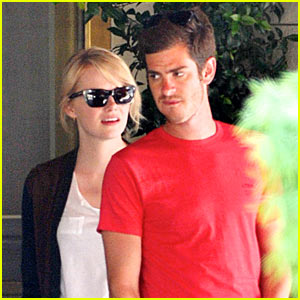 Emma Stone & Andrew Garfield: Sunset Tower Twosome!