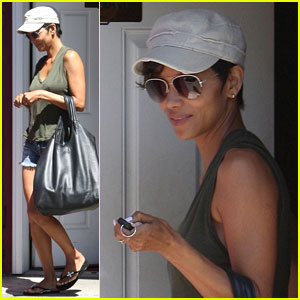 Halle Berry: Mailan Nail Salon Stop