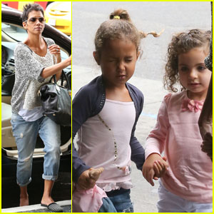 Halle Berry: Movie Date with Nahla