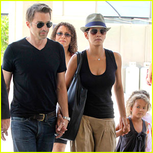 Halle Berry: 'Mary Poppins' with Olivier Martinez & Nahla!