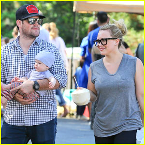 Hilary Duff & Mike Comrie: Farmers Market with Luca!