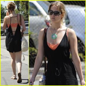 Jennifer Lawrence: North Hollywood Errands!